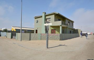 Mondesa, Swakopmund: Neat Double Storey Home with Flat is for Sale