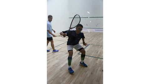 Junior squash player to compete in the US