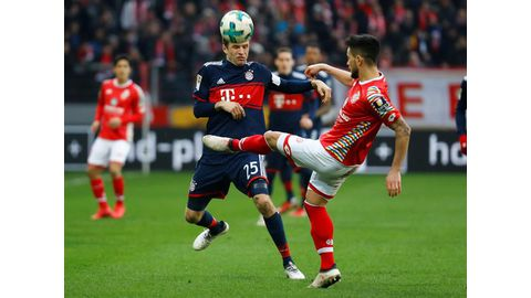 Bayern march on in Bundesliga