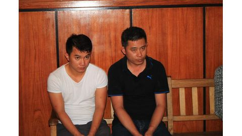 Two Chinese granted bail