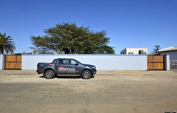 ​Hermes, Walvis Bay: Home with Flat is for Sale