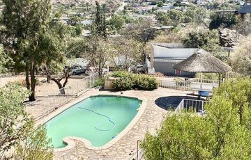 5 Bedroom House For Sale in Klein Windhoek