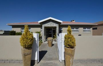 Ext 9, Swakopmund:  Home with flat and beautiful views is for sale