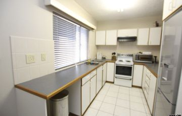 CLOSE TO TOWN CENTRE - SPACIOUS LIVING APARTMENT FOR SALE IN SWAKOPMUND, NAMIBIA!