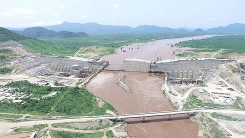 Sisi fights back on Nile dam
