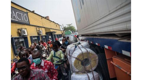 The gridlock hurting business at Nigeria's busiest port