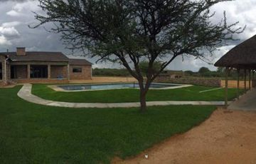 Omaruru, Wildlife Estate, a 15.4 HA plot with a large, comfortable home is for sale