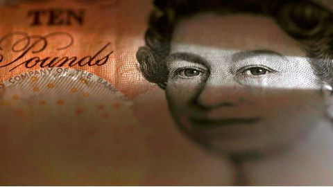 Pound remains resilient