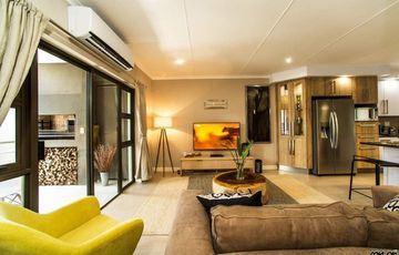 2 Bedroom Apartment For Sale in Windhoek Central