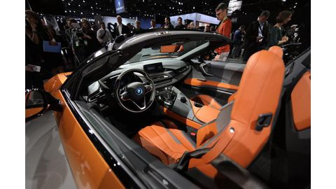 Drop-top thrills: BMW's new i8 Roadster headed for SA