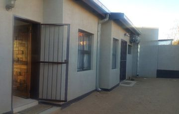 Katutura Backyard Flat for Rent (2 bedroom)
