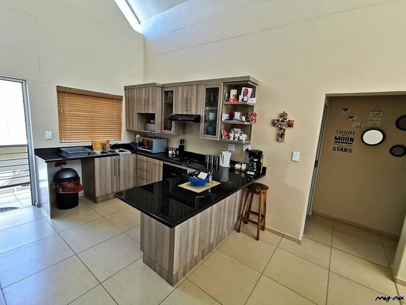 Auto Repair Garages Near Me >> Apartment For Sale in Elisenheim - My Namibia